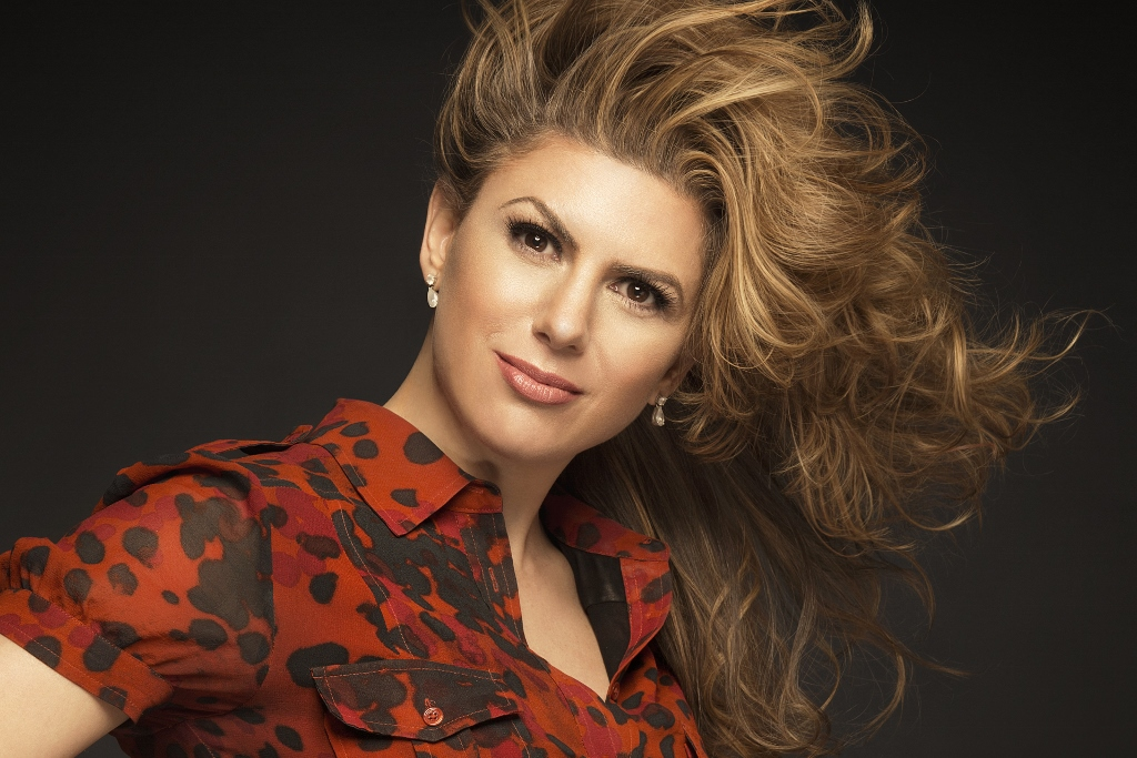 Deborah Berechichez   Foto: http://pastpreservers.com