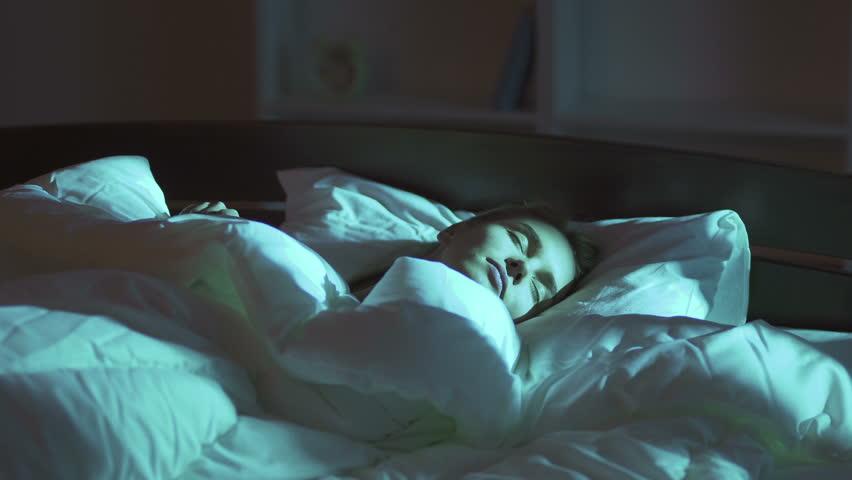 ¿Cómo evitar alteraciones de sueño durante la contingencia del Covid-19?