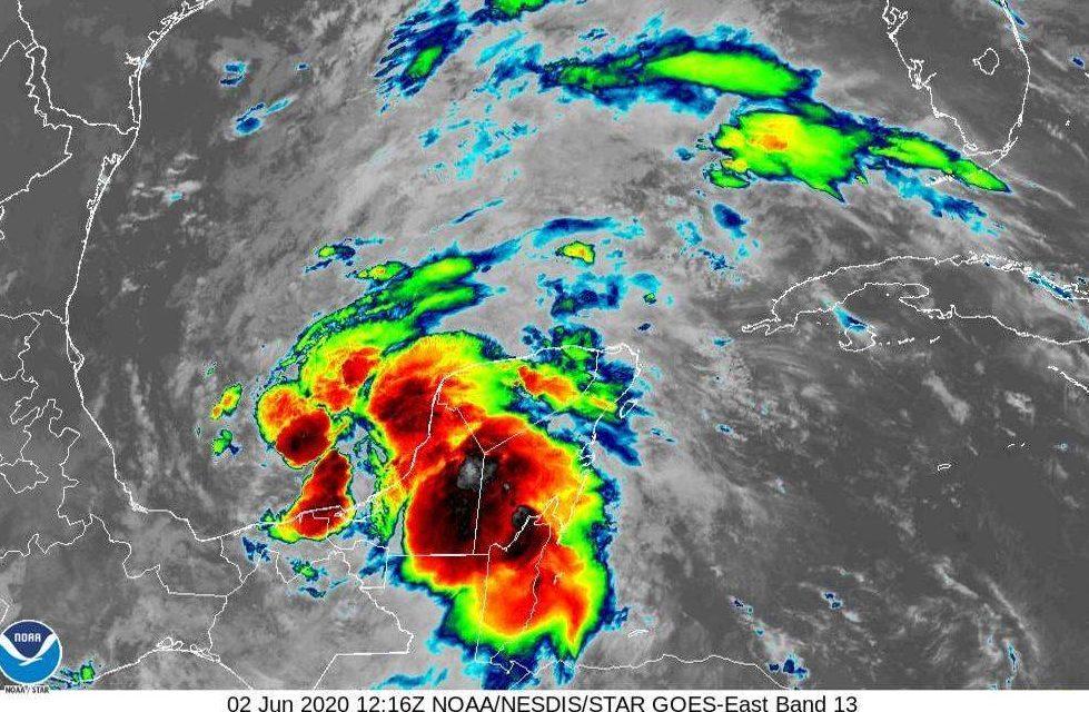 La Depresión Tropical Tres afecta Península de Yucatán