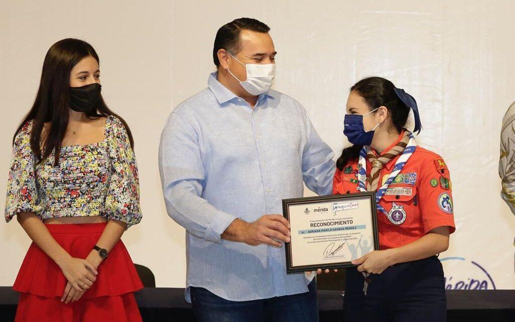 Premio municipal de la juventud reconoce a líderes con causa