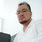 Dr. Ricardo Xavier Álvarez Espino