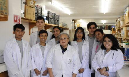 Jóvenes de todo el país inician proyectos científicos en el CICY